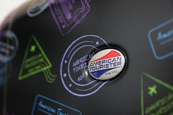 American_Tourister2