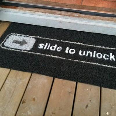 slidetounlock.jpg