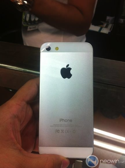 iphone 5 バンコク