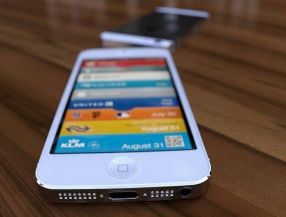 iPhone 5 ドックコネクタ