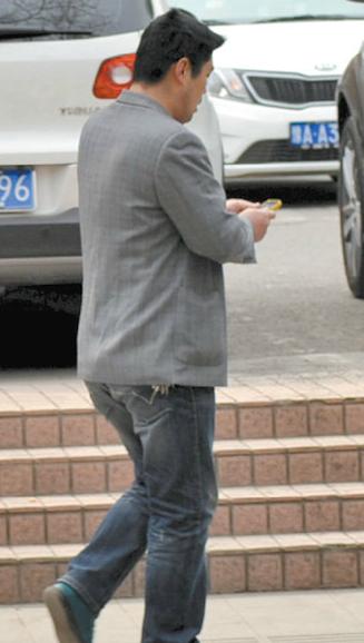 iPhone 盗人 中国人