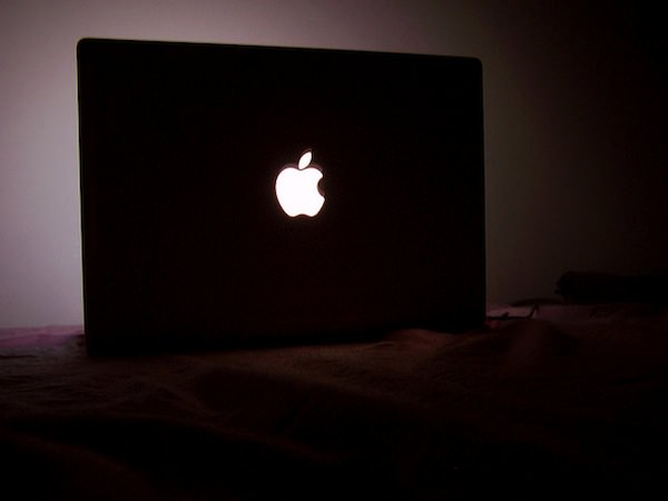 Macbook glow