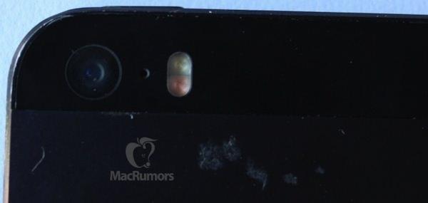 iPhone 5sデュアルフラッシュ