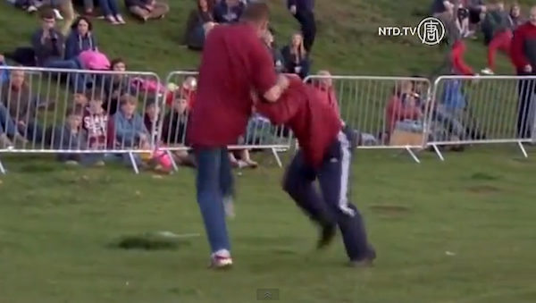 スネ蹴り、という究極のスポーツ