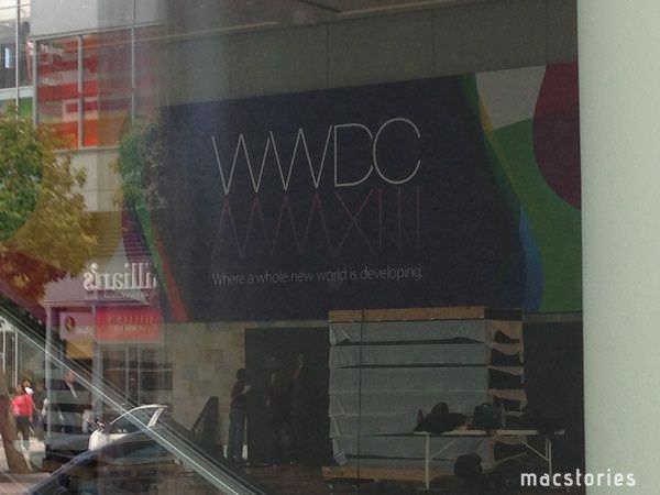 WWDC2013に向けて準備中のMoscone Center