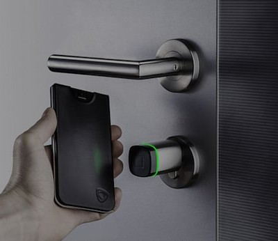 NFC-iphone.jpg