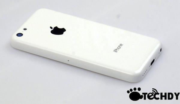 廉価版iPhoneの写真がリーク