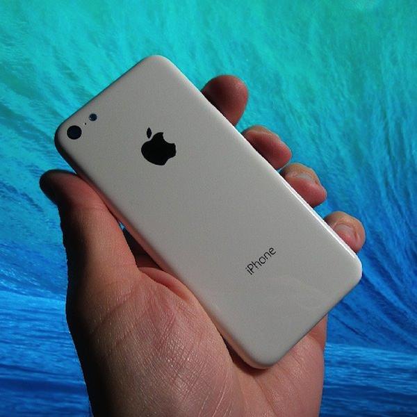 Budget iPhone white model photo