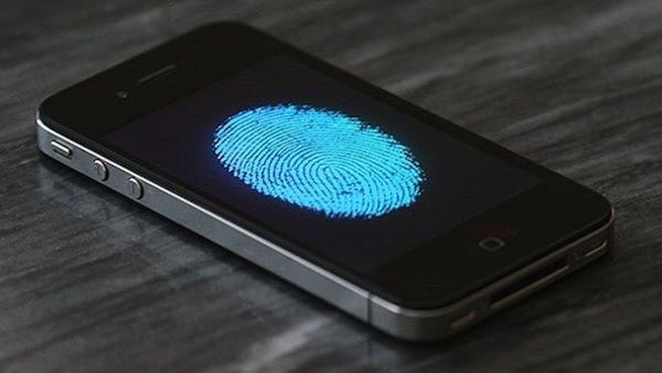 iPhone 5sの指紋センサー用チップに問題あり?!