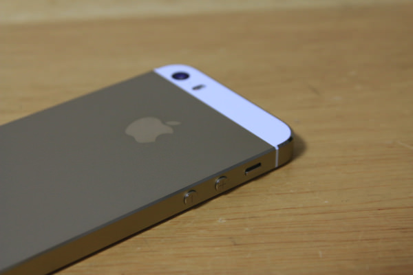 iPhone 5s ゴールドモデル 64GB
