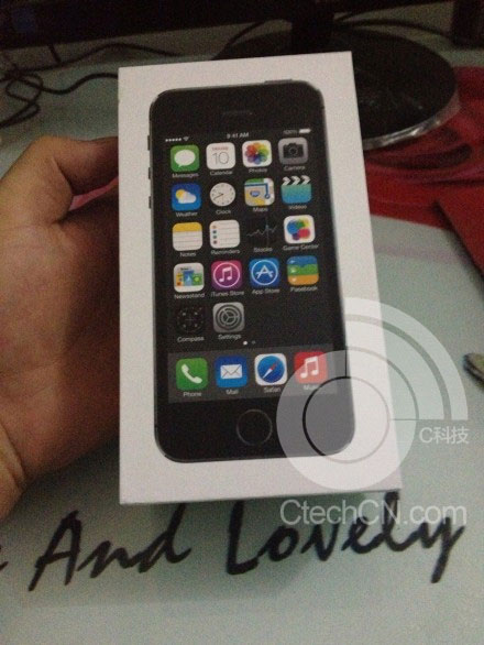 iphone5s-package-2.jpg