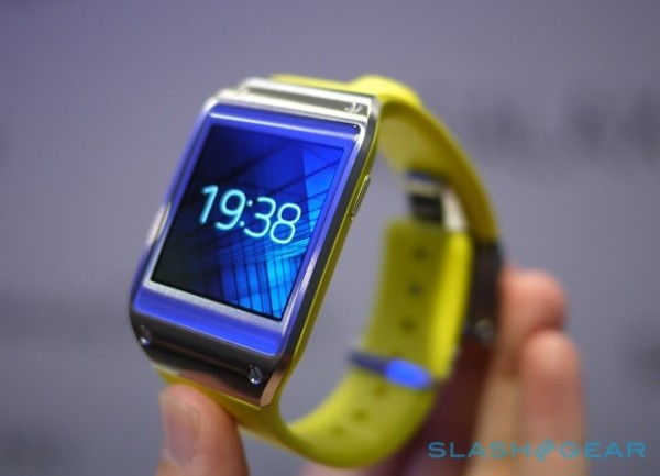 Galaxy Gear Not Selling Well