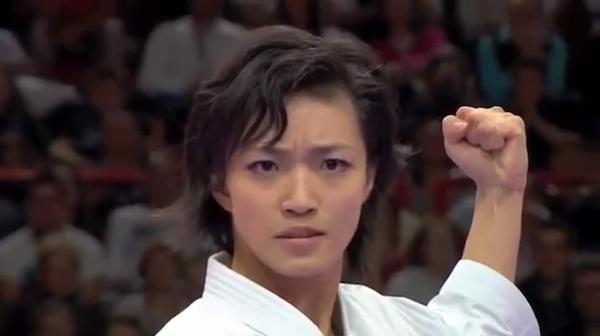 空手演武の女子世界チャンピオン、宇佐美里香さん