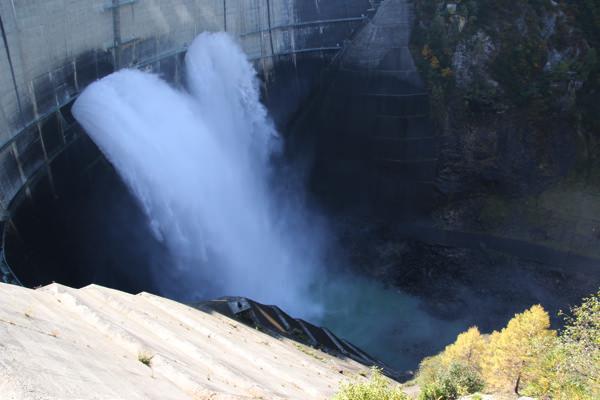 kurobe-dam-6.jpg