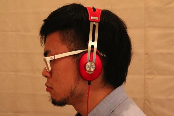 MOMENTUM-On-Ear-Red-12.jpg