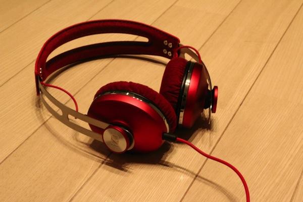 MOMENTUM-On-Ear-Red-14.jpg