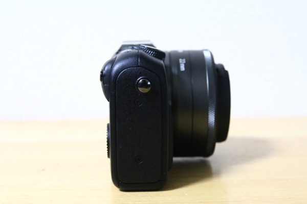 canon-eos-m2-review-2.jpg