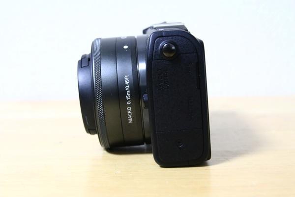 ミラーレス一眼カメラ「Canon EOS M2」