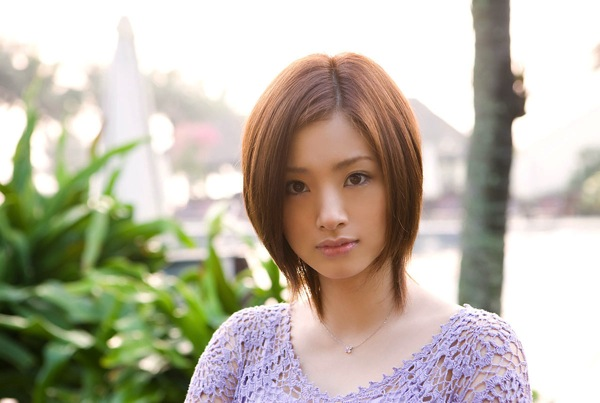 http://gori.me/wp-content/uploads/2013/12/ueto-aya.jpg