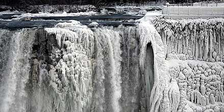 niagara-falls-amazingly-beautiful-11