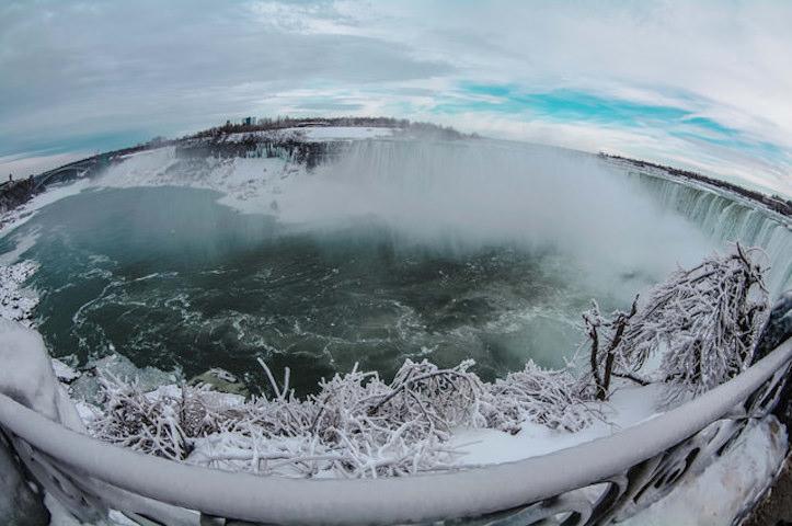 niagara-falls-amazingly-beautiful-3