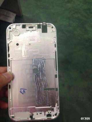超薄型のiPhone 6