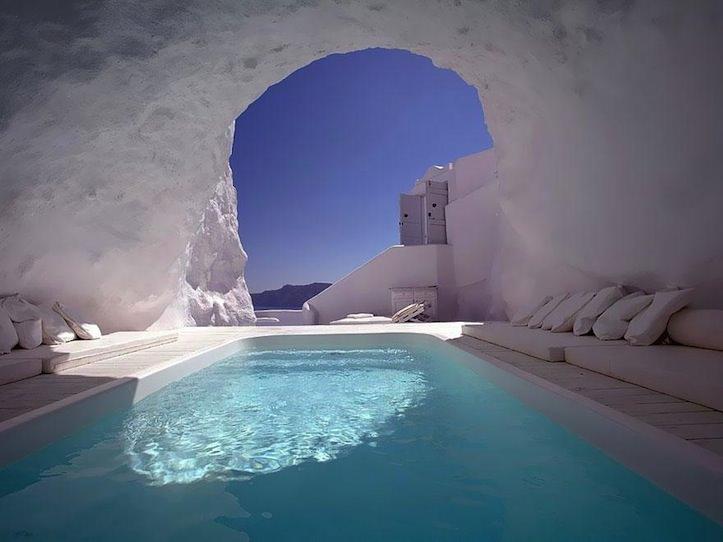 12 Katikies Hotel Oia Greece