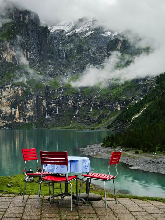 19 Hotel Restaurant Oschinensee Switzerland