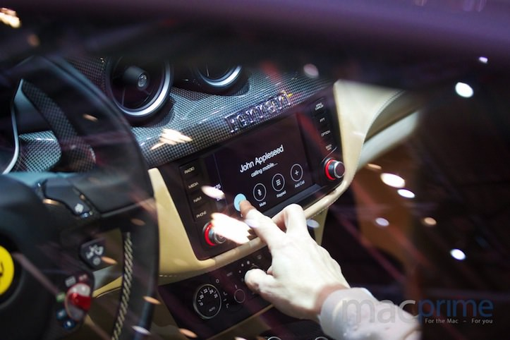 Apple CarPlay Ferrari