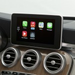 carplay-benz-2.jpg