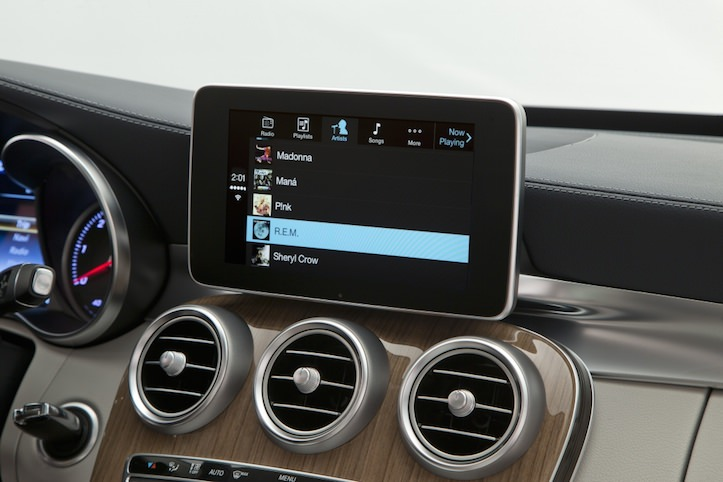 Carplay Mercedes Benz