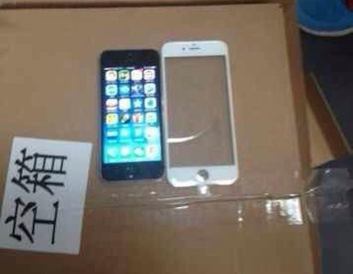 iPhone 6の新しいフロントパネル