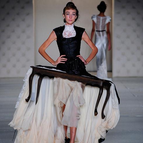 Ununderstandable fashion