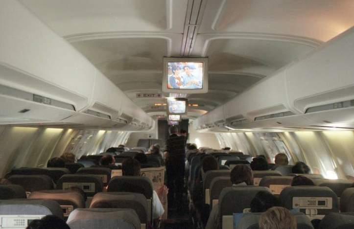 日本も機内でスマートフォン利用が可能に!