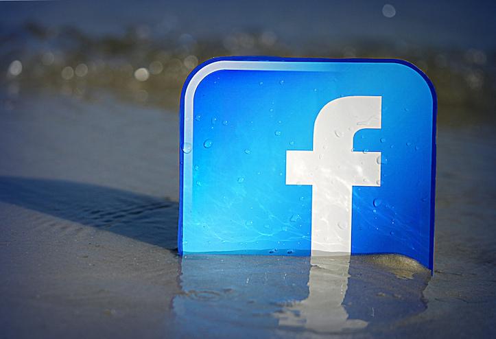 Facebook in water