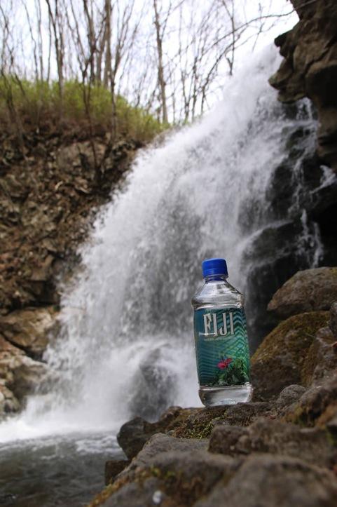 fiji-water-2.jpg
