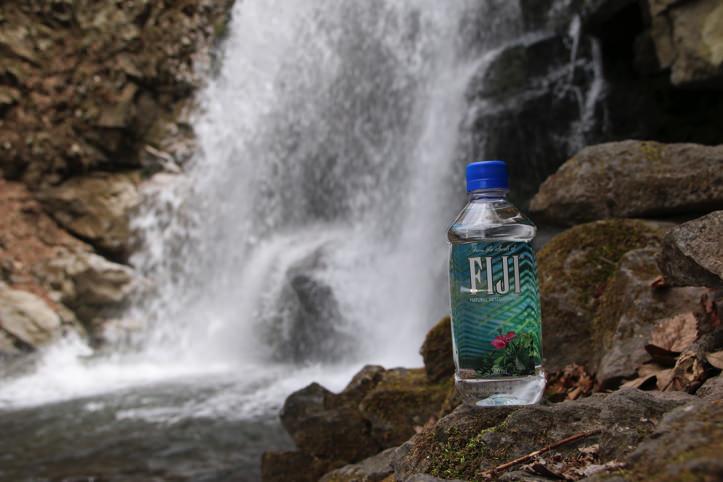 fiji-water-3.jpg