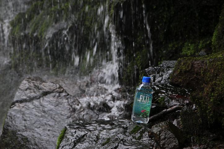 fiji-water-5.jpg