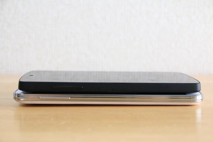 Galaxy S5とNexus 5の比較