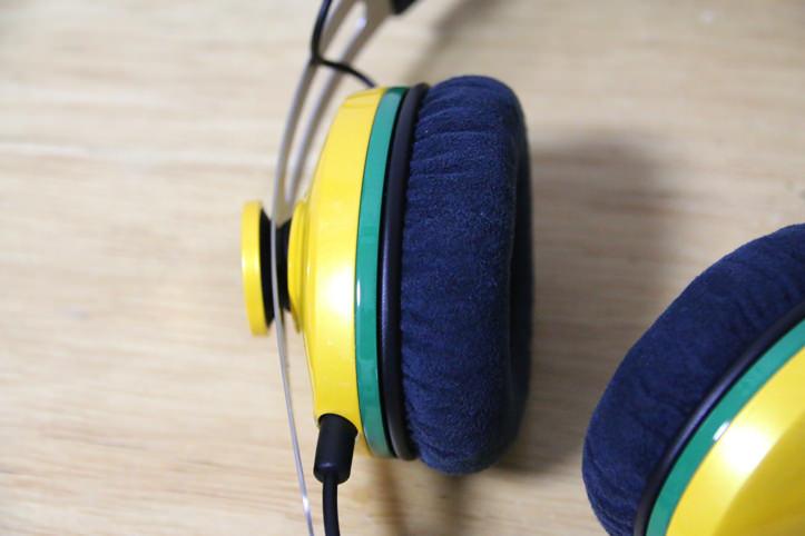 Sennheiser momentum on ear Samba