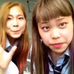【腹筋崩壊】女子高生が変顔+口パクで歌う、アナ雪「扉あけて」の破壊力が凄まじい…