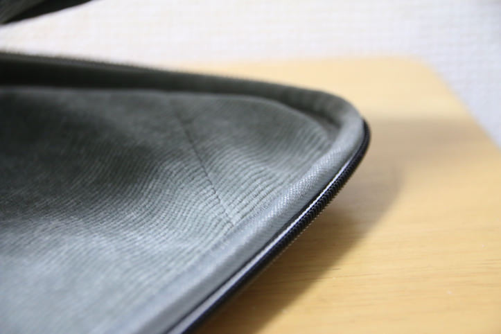 golla-macbook-pro-15-inch-case-5.jpg