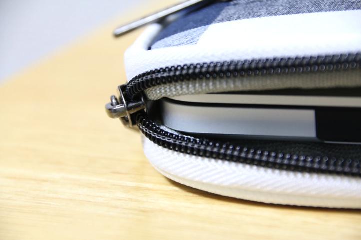 golla-macbook-pro-15-inch-case-8.jpg