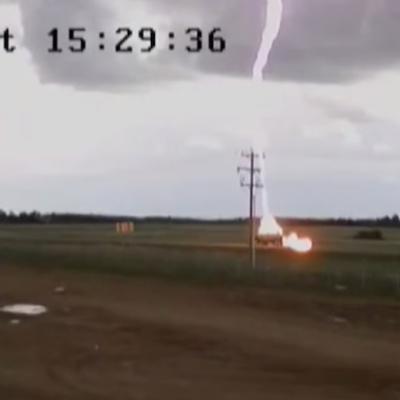 lightning-strikes-car-1.png