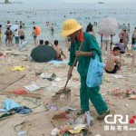 tons-of-trash-on-the-chinese-beach-4.jpg
