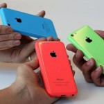 iphone5c-outsales-galaxys5-in-uk.jpg