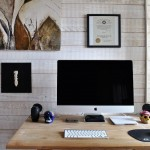Mac-Workstation-With-Wooden-Desks-1.jpeg