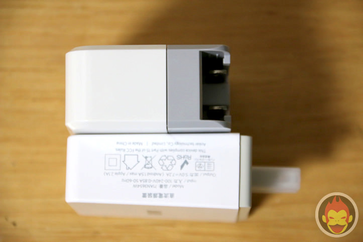cheero-USB-AC-ADAPTOR-CHARGER30.jpg
