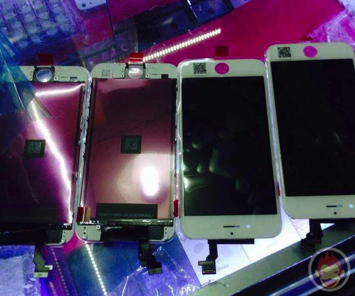 「IPhone 6」4.7インチモデルのフロントパネル