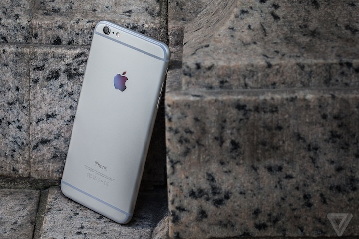iPhone 6 plus theverge